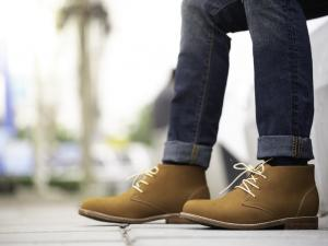 Step Out With Style: Top 5 Men's Shoes for Fall