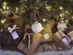 Wrap it Up: DIY and Eco-Friendly Holiday Gift-Wrapping Ideas