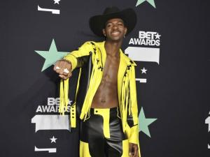 Lil Nas X Claps Back At Homophobic Comments From Tekashi SixNine With DM Receipts